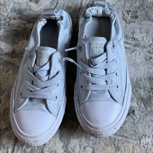 Like new Converse Shoreline girls size 1